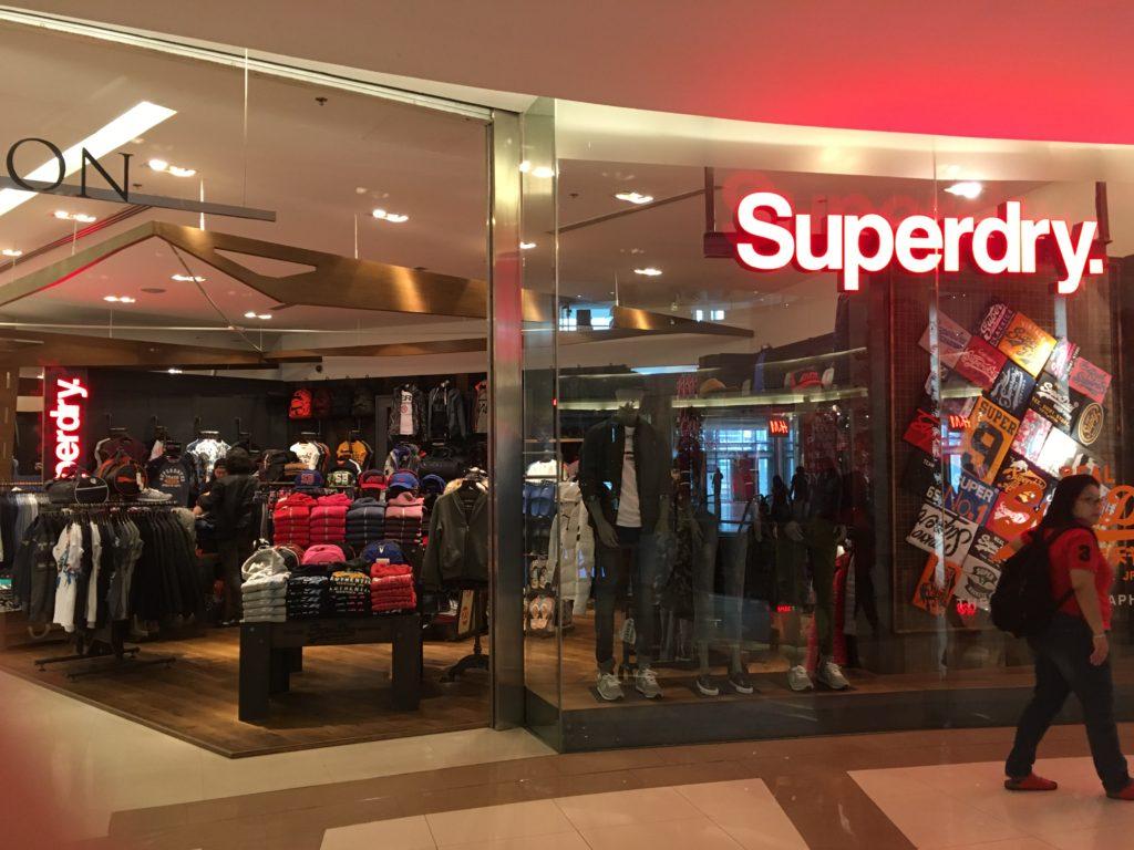 タイサイアムパラゴン内のSuperdry正規ショップ