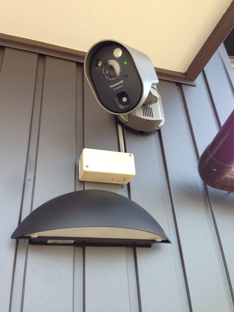 玄関カメラ