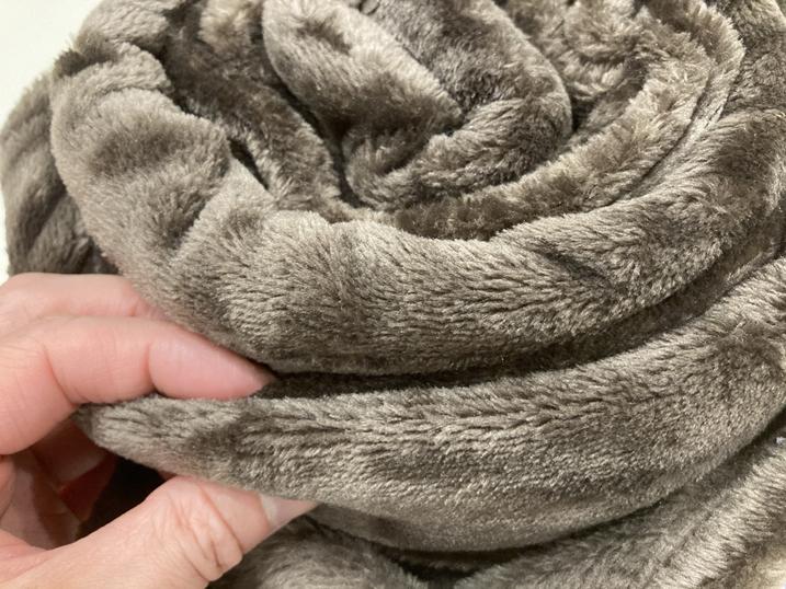 mofuaモフア毛布の手触り